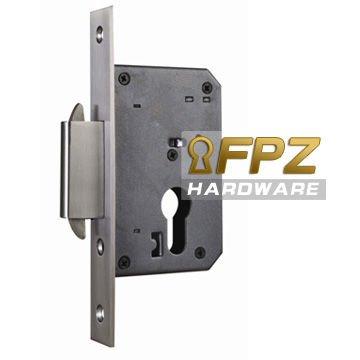 Porte de garage double hook