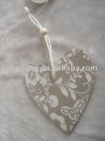 MDF heart-shaped pendant artware