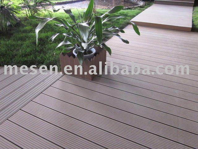 wasserdicht wpc terrassendielen f r outdoor stock. Black Bedroom Furniture Sets. Home Design Ideas