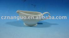 porcelain gravy boat new style