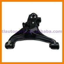 Front Suspension Lower Control Arm For Mitsubishi Pajero Montero V73 V75 V77 V78 4013A213 MR496795 4013A214 MR496796