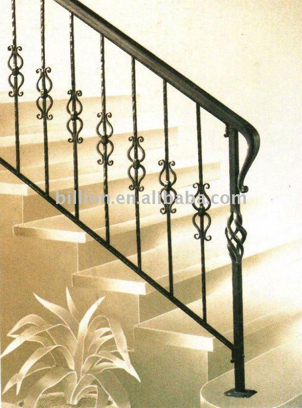 Escaleras en hierro forjado imagui for Escaleras interiores de hierro