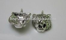 17x13.5mm costume Vintage Antique Silver tiger Metal alloy Charm Pendant