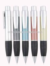 Large ball pen
