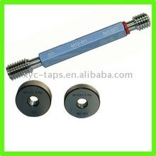Thread measuring gauge