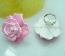 Best Selling Fashion Resin Flower Rings Jewelry
