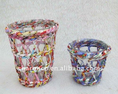 Woven wicker storage basket with waterproof liner