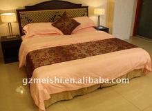 cal-king white hotel bedding sheet