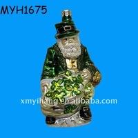 resin santa Ireland with clover