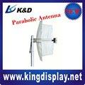 Antenne parabolique de grille carrée