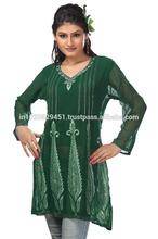 Women Green Embroidered Kurti / Kurta