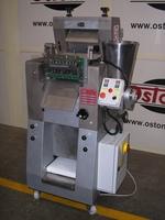 Dominioni Punto & Pasta automatic cappelletti and ravioli machine model D250