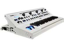 Moog Music LPT-019 Moog Little Phatty Stage II Limited Edition White