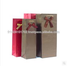 Custom kraft paper bag for red wine