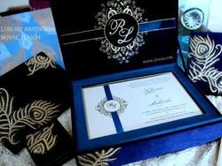 luxury wedding invitation box