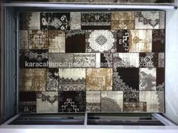 heatset brown carpet