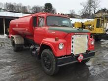 1975 International Fleetstar 2010 Oil Tank Truck