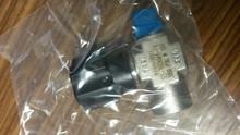 Swagelok regulation & shutt-off valve SS-16DKM4-F4