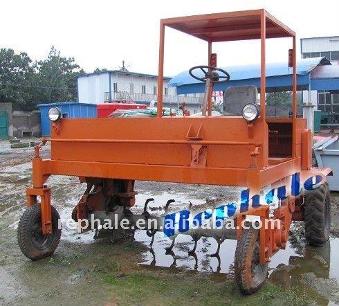 best-selling organic fertilizer granulator mobile compost turner 0086-37167670501