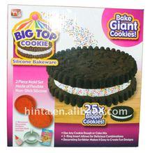 Big Top Cookie Silicone Bakeware