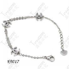 new hot sale female stainless steel simple C bracelet set G80