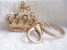 wholesale 2012 lady's fashion customized crystal crown shape metal keychain