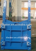 Square cast iron penstock valve
