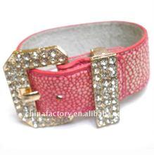 2012 fashion pink buckle closure Men adjustable leather bracelets