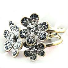 2012 Fashion vintage crystal three flowers color bangle