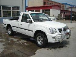 4x4 diesel gasoline pickup truck