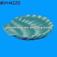 Designed Ceramic Sea Shell Shape Food Plate