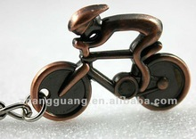 2012 fashion new design keychains for bikes