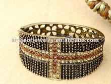 2012 Fashion Cuff Bracelet