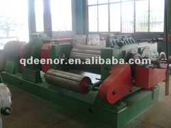 Two roll type rubber refiner