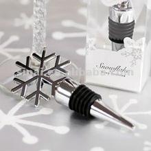 Elegant Snowflake Design Wine Bottle Stopper Favor