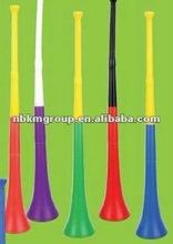 Collapsible vuvuzela horn