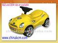passeio em carro de brinquedo recarregável
