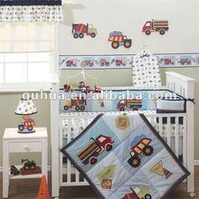 Baby crib bedding set