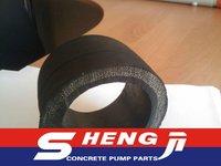 Sand blasting wear resisting rubber hose
