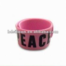 Pink Love color 2012 summer Hot gift for girls silicone snap bracelet