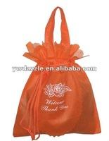 2012 fashion cheap non woven drawstring bag for gifts