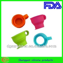 2012 the most fashion colorful silicon foldable cup in China