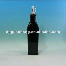 square black ceramic vinegar cruet