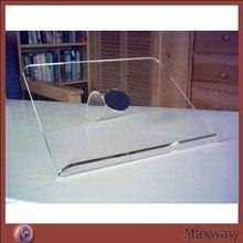 Clear counter custom acrylic/plexiglasss lap-top display stand