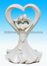Sweet bride and groom resin wedding decoration