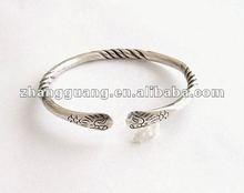 2012 Latest Fashion Jewelry ,silver colour Bracelet