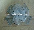 hechas a mano del lazo de diamantes de imitación de flores