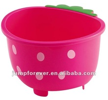 Plastic small strawberry basket