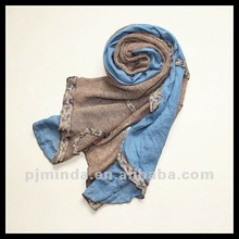 2012 new promotional products fashion scarves