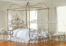 2012 new design wrought iron dual bed decorative antique